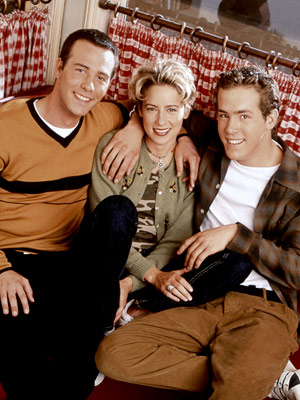 Ryan Reynolds, Two Guys, a Girl and a Pizza Place | TWO GUYS, A GIRL AND A PIZZA PLACE (1998-2001) The fact that a show (eventually retitled Two Guys and a Girl ) featuring Ryan Reynolds,…