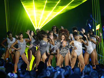 Beyonce Knowles | What could be better than dozens of leotard-clad dancers rocking out with Beyoncé to ''Single Ladies''? Nothing, in our book. This performance sent B into…