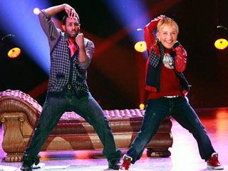 Ellen-Twitch-dance