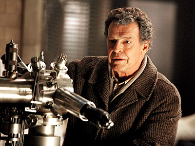 Fringe, John Noble | FRINGE Fox, returns Sept. 23 at 9 p.m. Where we left off: Olivia was being held captive in the alternate universe. Meanwhile, her alt-world double…