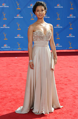 GUGU MBATHA-RAW NBC's Undercovers has yet to premiere, but between her flawless Ina Soltani gown and her makeup, Mbatha-Raw has already given us a reason…