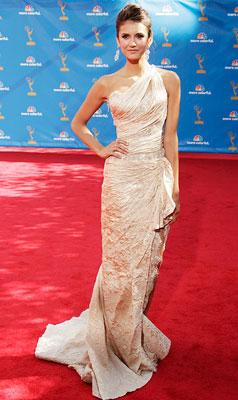 Nina Dobrev | NINA DOBREV , Vampire Diaries What do you think of this look? online survey