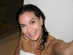 Teri-Hatcher-face