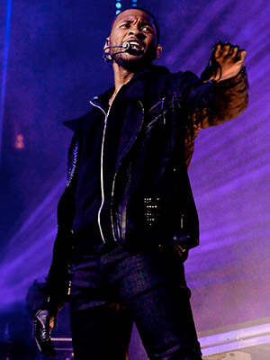 Versus, Usher   VERSUS, Usher Apparently Usher loved his chart-topping smash ''OMG'' as much as we did: Just months after his last album, Raymond v Raymond , he…