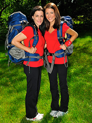 The Amazing Race | ANDIE DEKROON AGE: 43 HOMETOWN: Atlanta, Ga. OCCUPATION: Stay-at-Home Mom JENNA SYKES AGE: 21 HOMETOWN: Athens, Ga. OCCUPATION: Student (University of Georgia) RELATIONSHIP: Birth Mother/Daughter