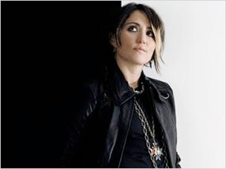 KT Tunstall | THE ENTERTAINER KT Tunstall