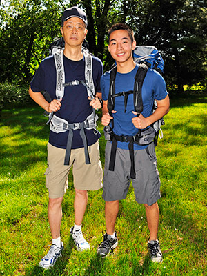 The Amazing Race | MICHAEL WU AGE: 58 HOMETOWN: Sugar Land, Texas OCCUPATION: Software Consultant and Content Creator KEVIN WU AGE: 20 HOMETOWN: Sugar Land, Texas OCCUPATION: Student/Internet Entertainer…