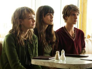 Never Let Me Go | JUST THE THREE OF US Carey Mulligan, Keira Knightley, and Andrew Garfield play old friends with a secret in Never Let Me Go