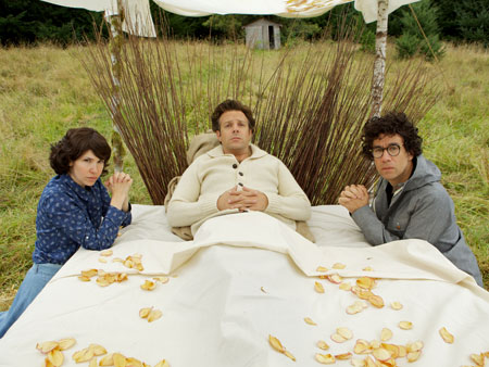 Fred Armisen, Jason Sudeikis, ... | Live from...Portland, Ore.? In his new IFC sketch series Portlandia , Armisen (right) and former Sleater-Kinney riot grrrl Carrie Brownstein (left) poke gentle fun at…