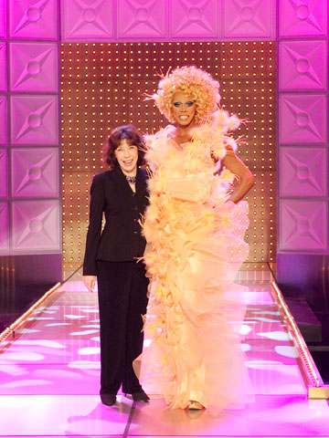 Rupaul, Lily Tomlin, ... | For its third season (premiering Jan. 24 on Logo), the drag-queen competition series has landed comedy legend Lily Tomlin for one of its coveted guest-judge…