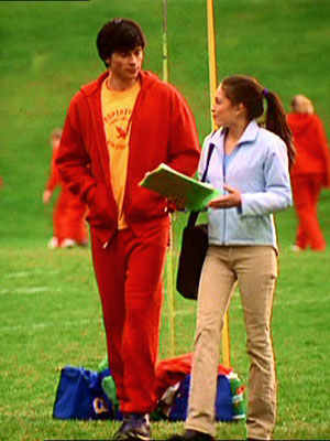 Smallville, Tom Welling | 11. Tracksuit success thanks to the three Cs: comfort, color, and ...commando?