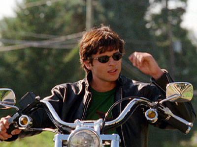Smallville, Tom Welling | 8. Troublemaking, red-meteor-rock-wearing Clark is bad — yet so good.