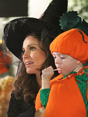 Private Practice, Amy Brenneman, ...   Lucas' mother, Violet, helped guide a psychotic woman through his C-section birth at the end of the show's second season. Yet the chip off daddy…