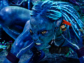 BLUE LIGHT SPECIAL A Na'vi prepares to attack in Avatar