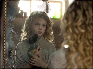 Elle Fanning   MIRROR MIRROR Elle Fanning reflects in The Nutcracker in 3D