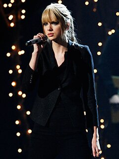 Taylor Swift Announces Speak Now World Tour Dates Ew Com