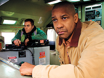 TRAIN IN VAIN Chris Pine and Denzel Washington are workin' on the railroad in Unstoppable