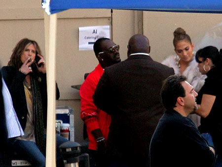 Steven Tyler, Jennifer Lopez | Steven Tyler , Randy Jackson , and Jennifer Lopez backstage at American Idol .
