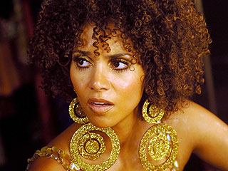 Halle Berry | MAD, MAD I TELL YOU Halle Berry has multiple personalities in Frankie & Alice