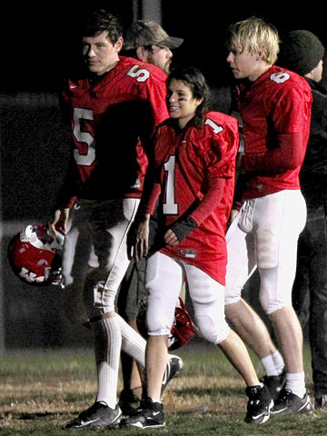 Glee | Cory Monteith , Lea Michele , and Chord Overstreet film a football scene for Glee in L.A.