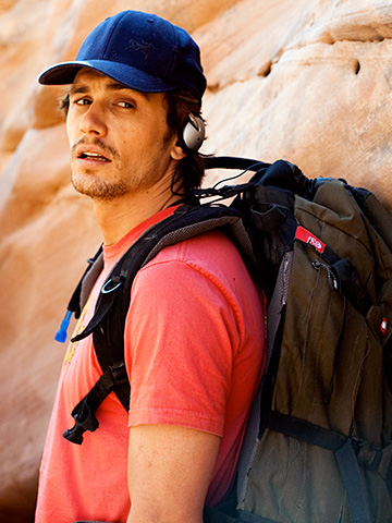 127 Hours, James Franco | JAMES FRANCO ( 127 Hours ) How do you like your sexy men? Intellectual? Charming and funny? Dangerous and kinda weird? Heroic and armless? James…