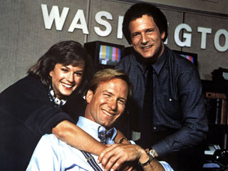 Broadcast News | HOLD THAT SMILE! Holly Hunter, William Hurt, Albert Brooks love and/or hate each other in Broadcast News