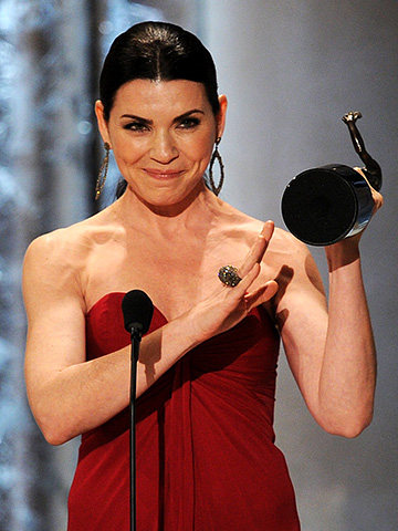Julianna Margulies, Screen Actors Guild Awards 2011 | Julianna Margulies knows who to thank Thanking her producers for ''the role of a lifetime,'' the Good Wife star was a vision of gratefulness in…