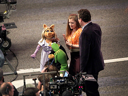 Amy Adams and Jason Segel filming a scene of The Muppets in L.A.