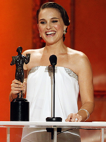Natalie Portman, Screen Actors Guild Awards 2011 | Natalie Portman wins again There was no Golden Globe-style giggle this time, but the Black Swan ballerina gracefully continued her awards-season sweep. Bonus points to…