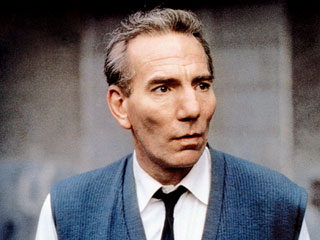 Pete Postlethwaite: A face, and an actor, you couldn't forget | EW.com