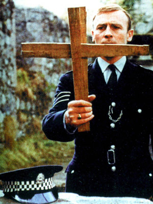 The Wicker Man (Movie - 1973) | The Wicker Man (1973) Virgin-cop Edward Woodward must battle the sinister intentions of a pagan cult — not to mention the temptation of a naked…
