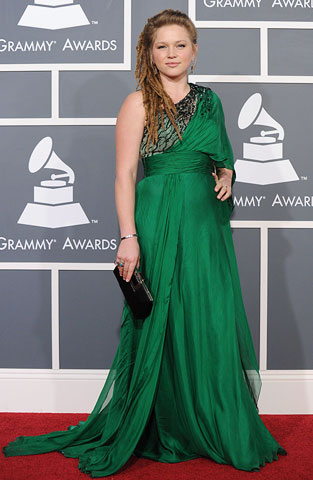 Crystal Bowersox | The Idol 's messy 'do perfectly matched her unkempt, untailored dress — and we don't mean that in a good way.