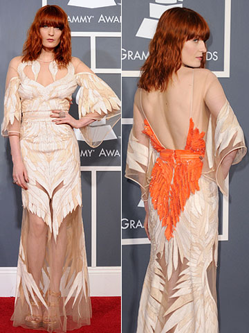 Florence + the Machine | While we've already seen the influence of Black Swan 's feathery looks on the red carpet , the ''Dog Days'' singer took a more literal…