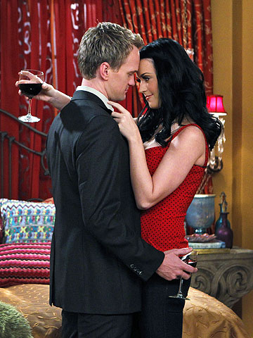 Neil Patrick Harris and Katy Perry shooting How I Met Your Mother .