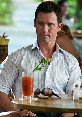 Burn Notice, Jeffrey Donovan | (Votes received: 165; 1%) ''Michael Westen, Burn Notice . Physically fit. Multilingual. Quick-thinking. Can save my a-- from any situation! Wears a suit like nobody…