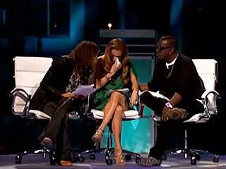 Jennifer-Lopez-crying