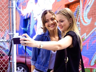 The Roommate | BEST FRIENDS ARE WE! Minka Kelly and Leighton Meester snap a profile picture in The Roommate