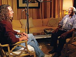 Tom Shadyac, I Am | REEXAMINING LIFE Tom Shadyac interviews Desmond Tutu in I Am