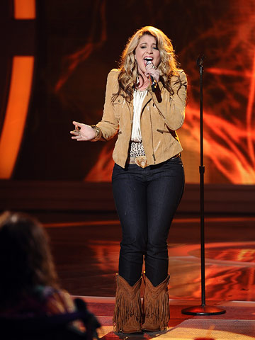 Lauren Alaina   The D.J. Tanner look-alike with an extremely pink momager was technically strong on the vocals of Melissa Etheridge's ''I'm the Only One,'' even if she…