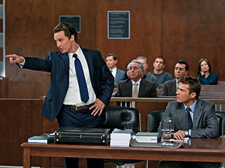 Ryan Phillippe, Matthew McConaughey, ... | COURTROOM CHARMER Matthew McConaughey and Ryan Phillippe in The Lincoln Lawyer