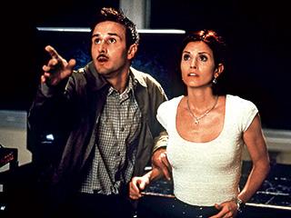 Courteney Cox, David Arquette, ... | WATCH OUT David Arquette and Courteney Cox in Scream 2