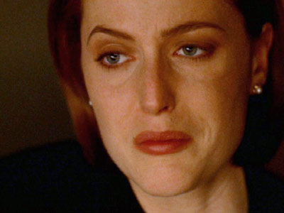The X-Files, Gillian Anderson | Is Mulder Really Dead?, Season 4 The X-Files is one of those rare series that boasts several memorable season finales. But it was the emotional…