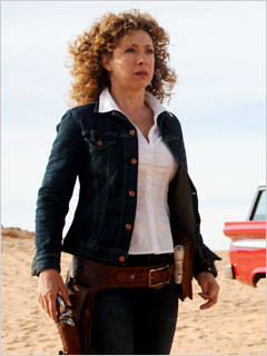 Dr Who Alex Kingston