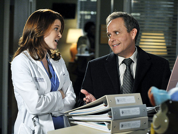 Sarah Drew, Peter MacNicol | ... Stark (Peter MacNicol, sympathetic even as the ultimate jerk) shocking April (Sarah Drew) by asking her out,...