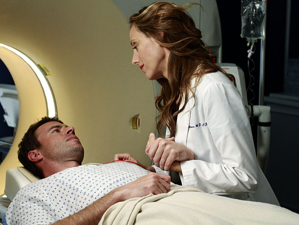 Kim Raver, Scott Foley | Love at Seattle Grace has been reaching epidemic levels not seen since the show's early days. Better yet, none — none! — of the new…