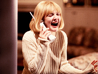 Drew Barrymore, Scream | DON'T ANSWER THE PHONE Drew Barrymore in Scream