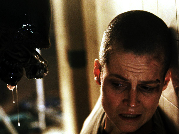 Alien3, Sigourney Weaver | Looking at you, Alien 3 .