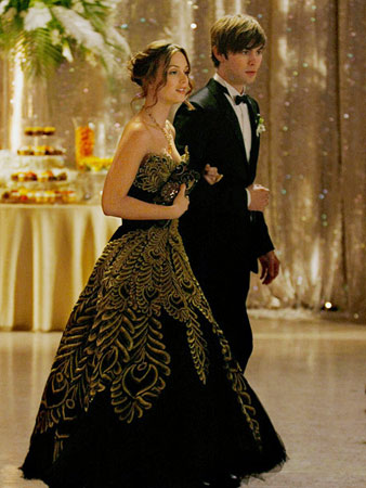 Gossip Girl, Leighton Meester | Every episode has a lavish party, which makes prom no big deal, right? Wrong! Back when Chuck wasn't evil, he fixed prom and made Queen…