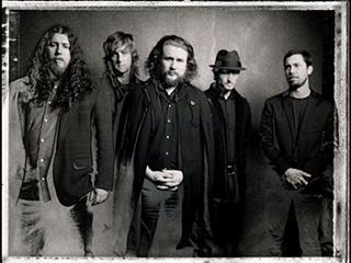My Morning Jacket | NICE OUTERWEAR The men of My Morning Jacket know how to rock a coat.