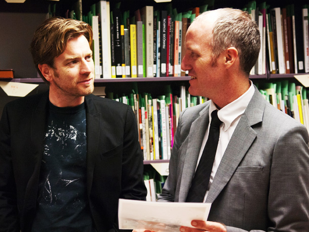 Ewan McGregor and writer/director Mike Mills on the set